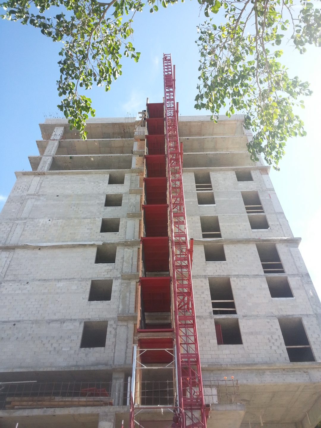 High-rise commercial building hoisting solutions